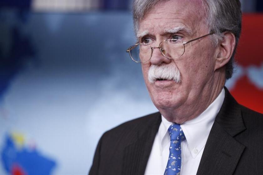 El asesor de seguridad nacional John Bolton habla durante una conferencia de prensa en la sala Brady de la Casa Blanca en Washington, DC (EE. UU.). EFE/Archivo