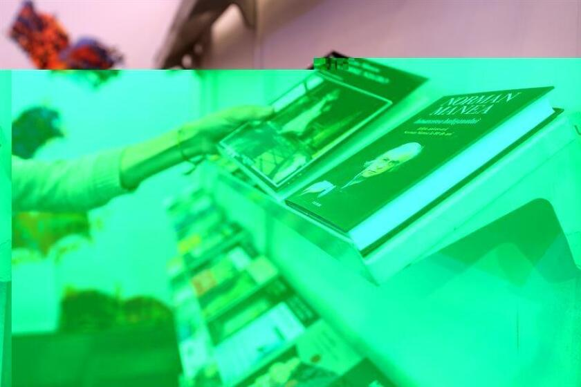Muestra algunas obras de autores rumanos exhibidas hoy, domingo 04 de diciembre de 2016, en el marco de la trigésima edición de la Feria Internacional del Libro de Guadalajara (México). México es la punta de lanza del proyecto cultural que Rumania busca implementar en los principales países de América Latina, con la intención de impulsar su literatura y su cinematografía. EFE