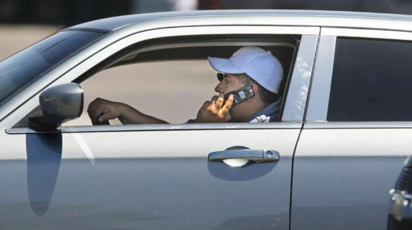Cellphone use behind the wheel