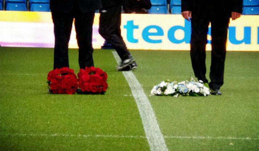 Manchester City honors Boston victims before Premier League match