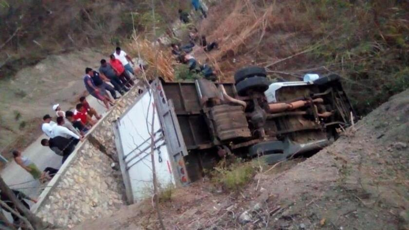 Photo sent on March 08 2019 from the paper Novedades de Tabasco which shows the accident of the truck in which a group of Central American migrants was traveling, in the state of Chiapas Mexico.Mexico recovers bodies of migrants killed in road crash EPA- EFE/Novedades de Tabasco/editorial use only