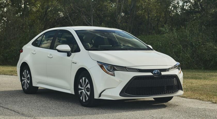 Toyota Corolla Mpg >> 2020 Toyota Corolla Hybrid Le A Versatile 52 Mpg The San