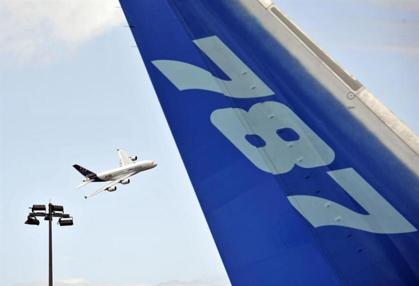 El fabricante aeronáutico Boeing anunció hoy un pedido de nueve aviones 787 Dreamliner por parte de United Airlines, la tercera mayor aerolínea del mundo, por valor de 2.530 millones de dólares. EFE/Archivo
