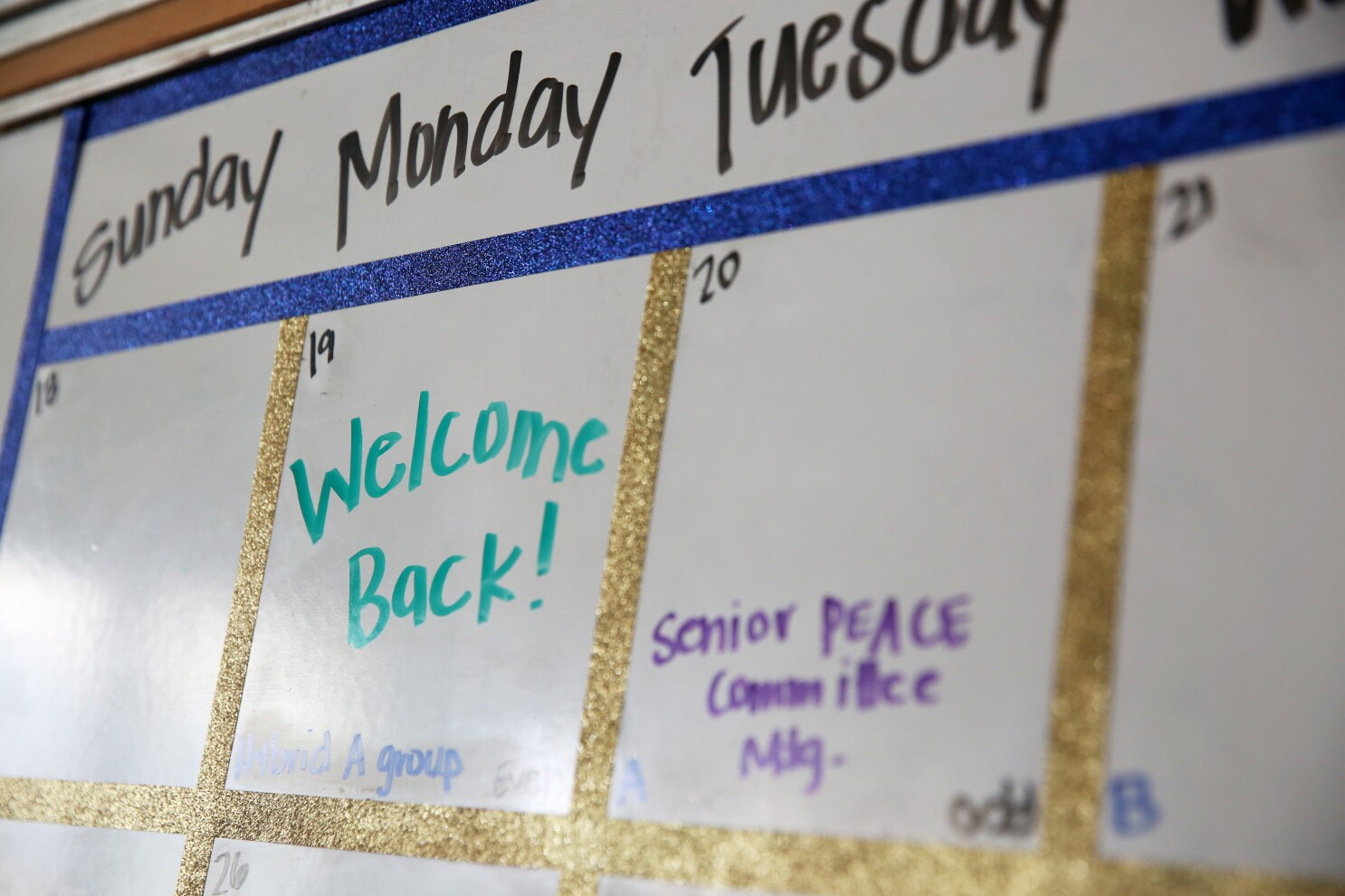 Lausd Calendar 2022 23.For High School Seniors Return To Campus Is A Trip Back In Time Los Angeles Times