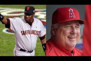 Plaschke's Wakeup Call: 'Catchers make great managers' Jason Varitek next for the Dodgers?