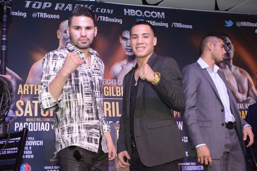 Ramírez (izq.) quiere llegar a lo más alto del boxeo.