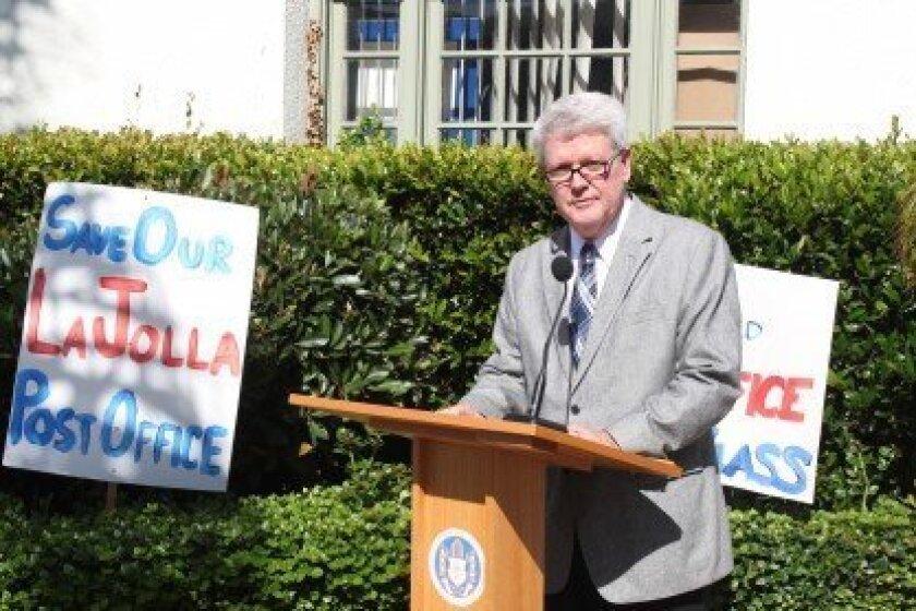 La Jolla Historical Society Executive Director Heath Fox, speaking outside the Wall Street post office.