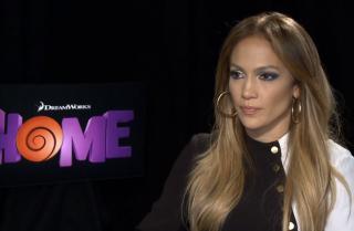 Jennifer López habla de su primera balada en inglés y del por qué es tan importante para ella la cinta Home