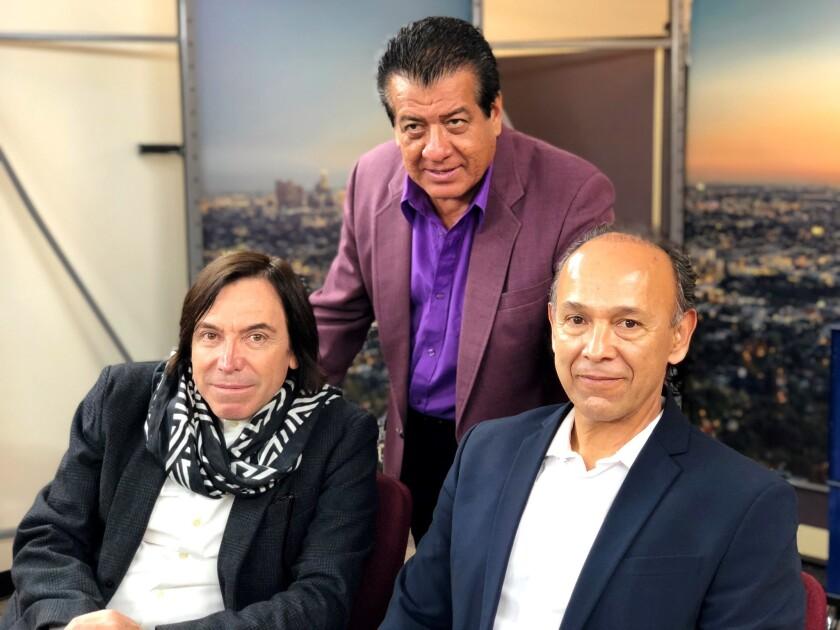 """De izq. a der.,José Javier Solís (vocalista), Pedro Sánchez (baterista) y Eusebio """"Chivo"""" Cortez (bajista), exintegrantes de Los Bukis y actuales miembros de Rumbo al Encuentro."""
