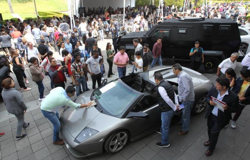 El Gobierno mexicano obtiene 1,5 millones de dólares en una subasta de vehículos