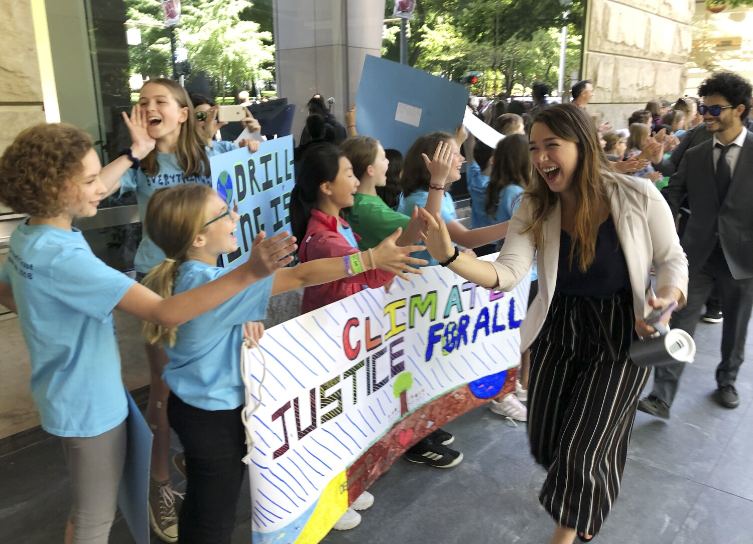 Court dismisses climate change lawsuit brought by 21 young Americans