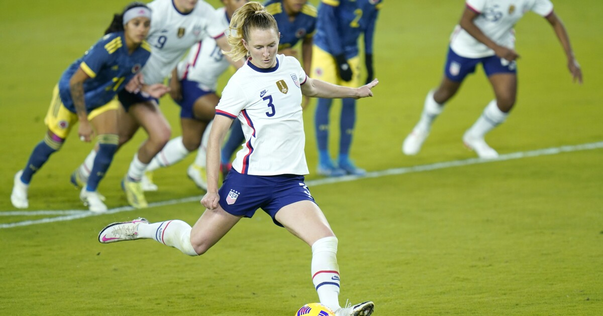 Sam Mewis showcases what she brings to USWNT in win over Colombia