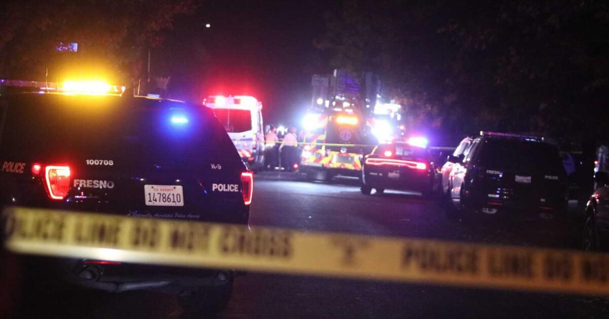 Γυρίσματα σε Φρέσνο το κόμμα κατωφλιών σκοτώνει τέσσερις, πληγές άλλους έξι, αστυνομία