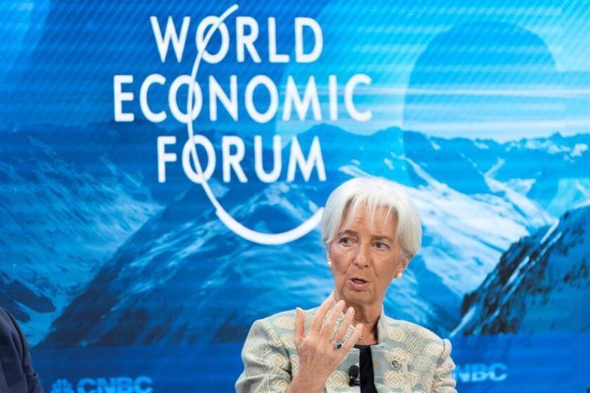La directora gerente del FMI, Christine Lagarde, participa en una sesión del Foro Económico Mundial. EFE