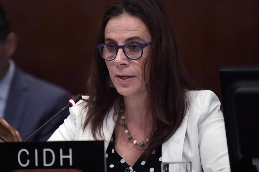 La relatora para Nicaragua de la Comisión Interamericana de Derechos Humanos (CIDH), Antonia Urrejola, habla durante la primera sesión del Consejo Permanente de la Organización de Estados Americanos (OEA). EFE/Archivo