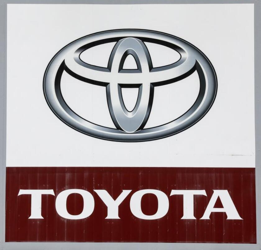 Toyota dice NOx de sus coches está muy por debajo de las de los mild hybrid. EFE/Archivo
