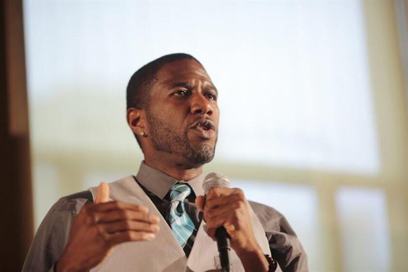 Fotografía sin fecha cedida por la campaña del concejal de Nueva York, Jumaane Williams, quien aparece mientras habla en el Ayuntamiento de la ciudad. EFE/Campaña de Jumaane Williams/SOLO USO EDITORIAL/ NO VENTAS