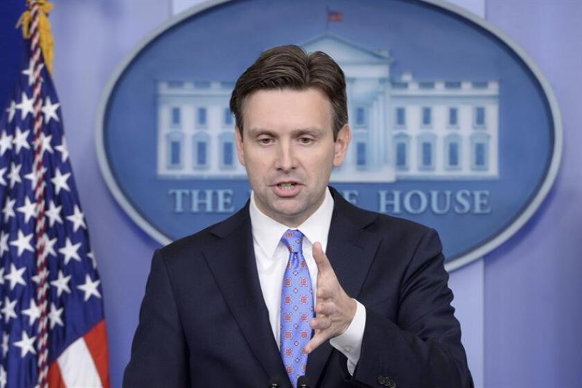 """La Casa Blanca, a través de su portavoz Josh Earnest, afirmó hoy que la relación de EEUU con Taiwán no puede reducirse a """"una moneda de cambio"""" y que el presidente Barack Obama continúa """"firmemente comprometido"""" con la política de """"una sola China"""", cuya continuidad ha puesto en duda su sucesor, Donald Trump. EFE/ARCHIVO"""
