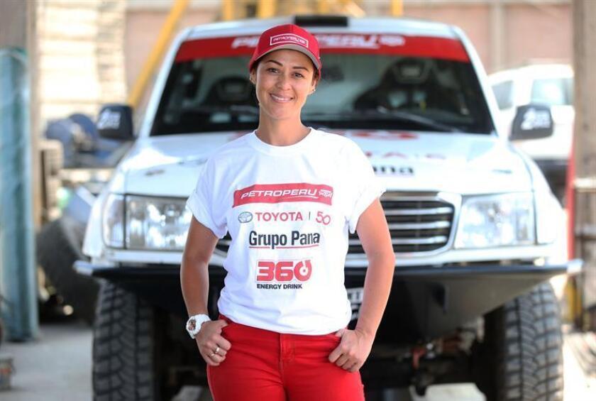 En la imagen un registro de la periodista y piloto peruana Fernanda Kanno, durante una entrevista con Efe, en Lima (Perú). EFE