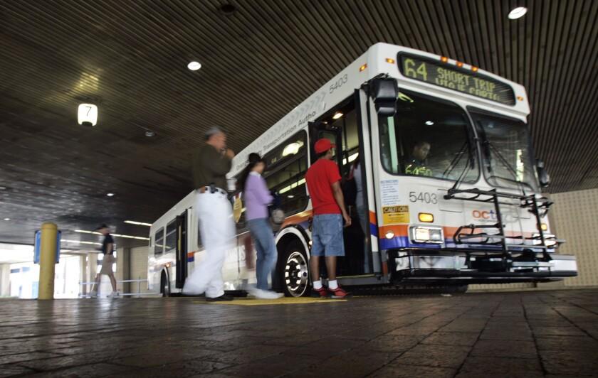 Los cambios en transporte en el Condado de Orange se aplicarán a partir del 9 de octubre, incluye la reducción de 5 a 4 dólares en el pase diario.