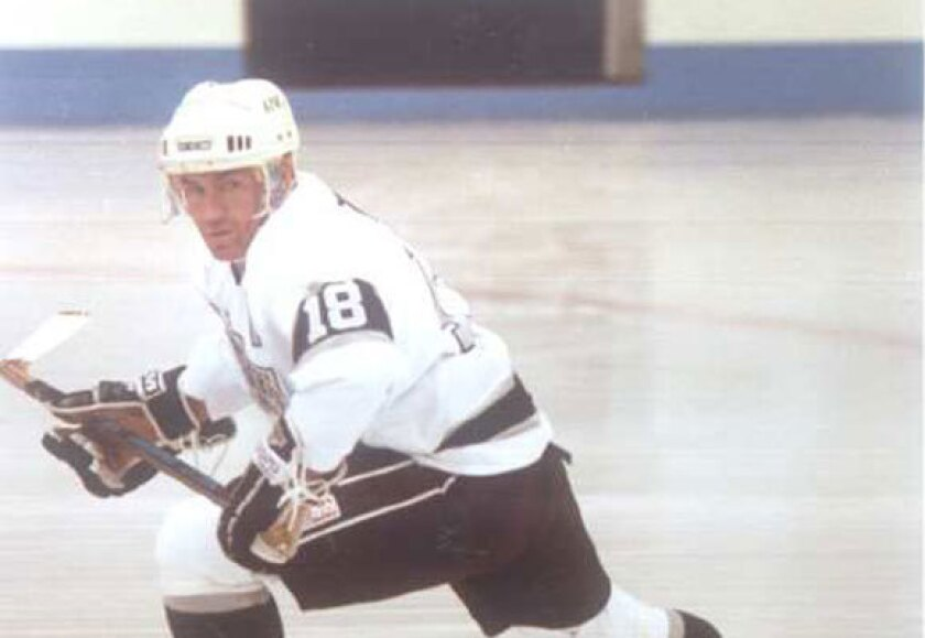 Dave Taylor with the Kings in 1992.