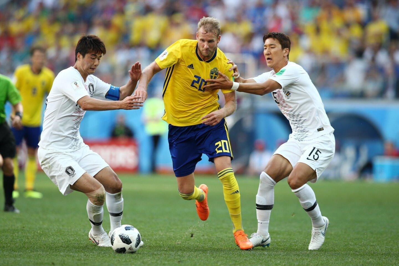 Gracias a un penalti sancionado por el videoarbitraje y convertido por Andreas Granqvist, Suecia superó 1-0 a Corea del Sur, con lo que alcanzó a México en el primer puesto del Grupo F en la Copa del Mundo.
