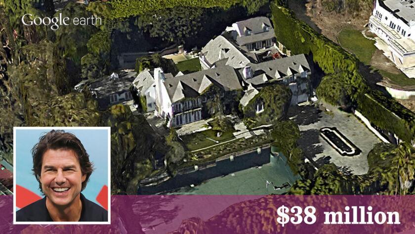 Tom Cruise, estrella de la taquilla cinematográfica ha vendido su propiedad en Beverly Hills por $ 38 millones, según muestran los registros de propiedad. (Google Earth   Recuadro: Getty Images).