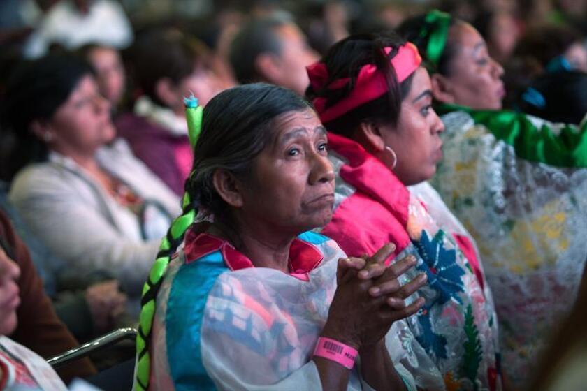 Fotografía cedida por la Secretaría de Agricultura, Ganadería, Desarrollo Rural, Pesca y Alimentación (Sagarpa) de México, de varias mujeres asistentes a la la expo México Alimentaria Food Show 2018 hoy, martes 14 de agosto de 2018, en Ciudad de México (México). EFE/SAGARPA/SOLO USO EDITORIAL/NO VENTAS