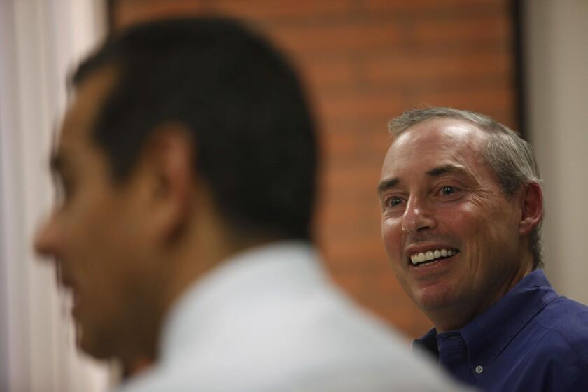 Professor Dan Schnur listens as then-Mayor Villaraigosa speaks during a leadership class Schnur teaches at USC. Schnur announced Friday he is running for California secretary of state.