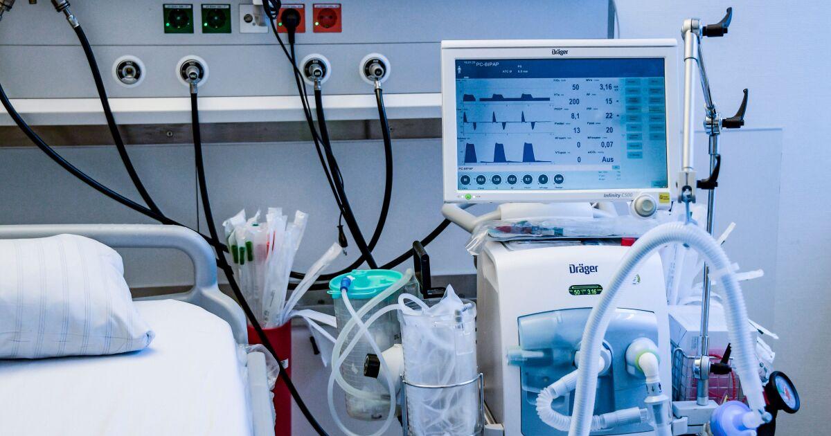 Όπως coronavirus μαίνεται, γηροκομεία έχουν εξαεριστήρες ότι τα νοσοκομεία χρειάζονται απεγνωσμένα