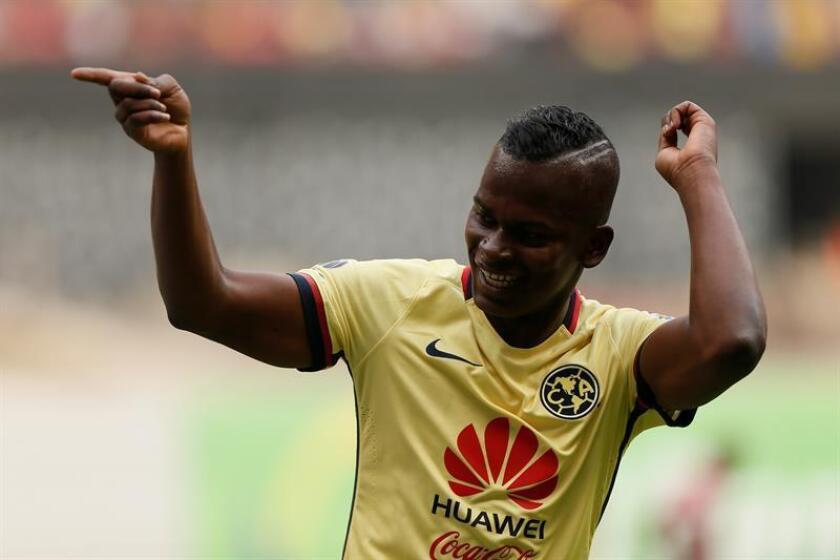 El jugador de América Carlos Darwin Quintero celebra una anotación ante Tijuana. EFE/Archivo