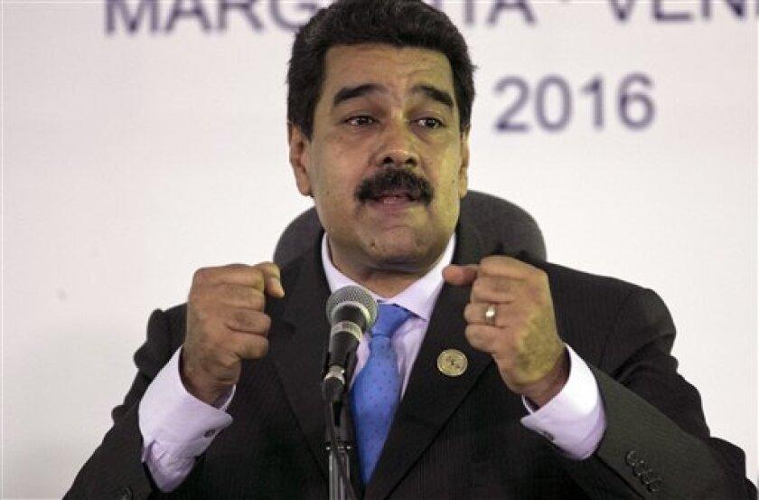 El presidente de Venezuela, Nicolás Maduro, ha confiado hoy en Estambul en que los países productores de petróleo sean capaces de establecer nuevos mecanismos que aseguren mercados y precios del petróleo estables y realistas para un ciclo de diez años.