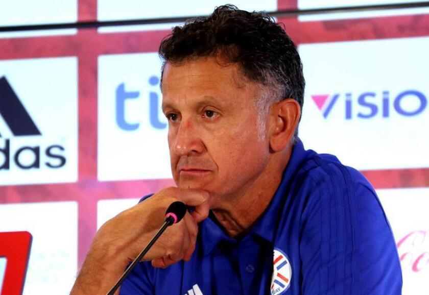 En la imagen un registro del seleccionador del equipo nacional de fútbol de Paraguay, el colombiano Juan Carlos Osorio. EFE/Archivo