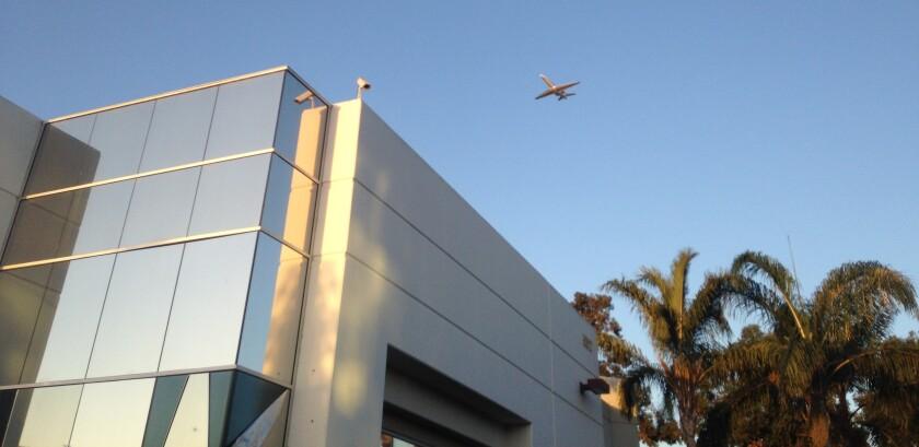 Building plane.JPG