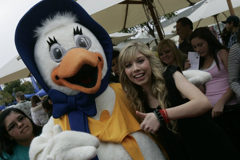 """Jennette McCurdy, from Nickelodeon's """"iCarly,"""" was one of the TV stars booked to appear at El Cajon's Mother Goose Parade."""