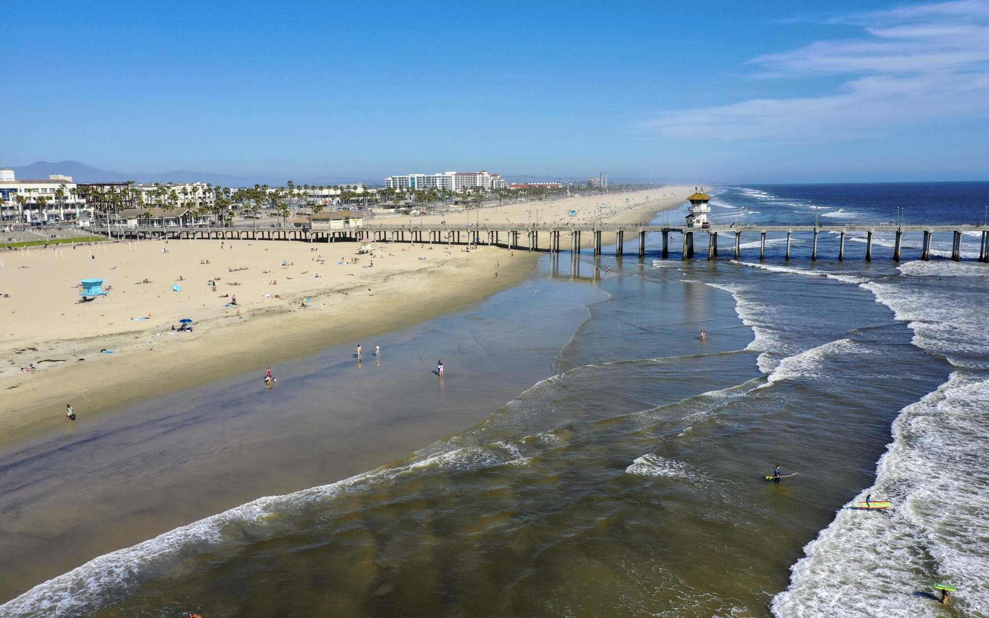 Amid Coronavirus Can I Go To The Beach In California Los Angeles Times