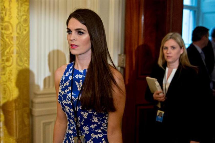 La directora de comunicación de Trump testifica en Congreso sobre trama rusa