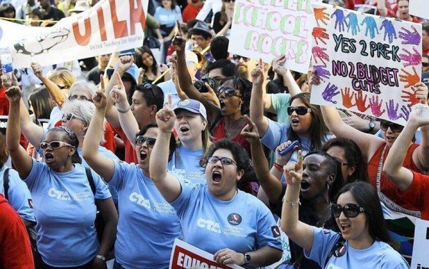 California Teachers Assn. a powerful force in Sacramento