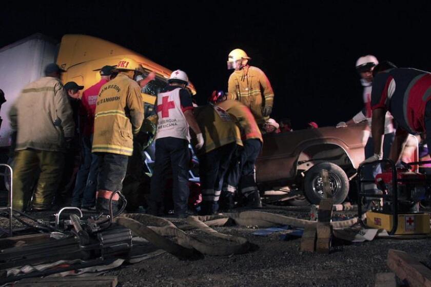 Un tráiler arrolló a varios vehículos y provocó ocho muertos y 40 heridos en la carretera México-Toluca, la cual conecta a la capital mexicana con el Estado de México, en el poniente de la ciudad, informaron hoy autoridades. EFE/ARCHIVO/El Siglo de Torreón/SOLO USO EDITORIAL
