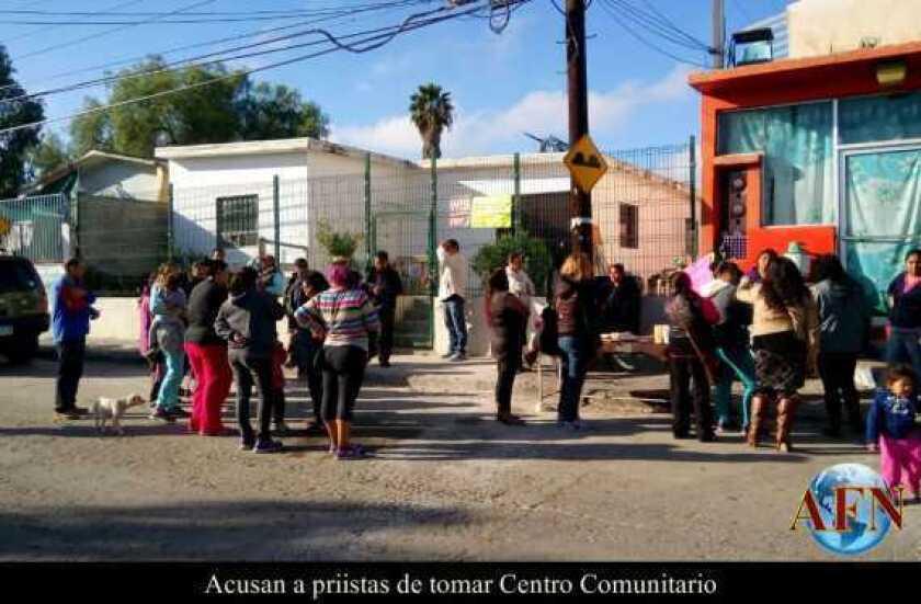 Acusan a priistas de tomar Centro Comunitario