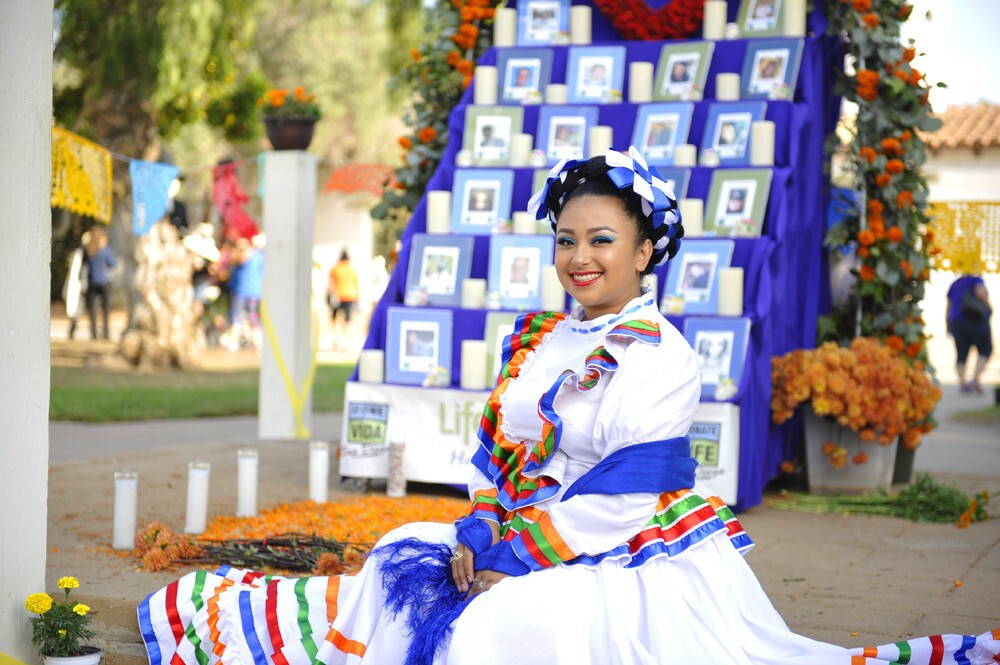 A traditional Dia de los Muertos celebration was held in Old Town on Sunday, Oct. 29, 2017.