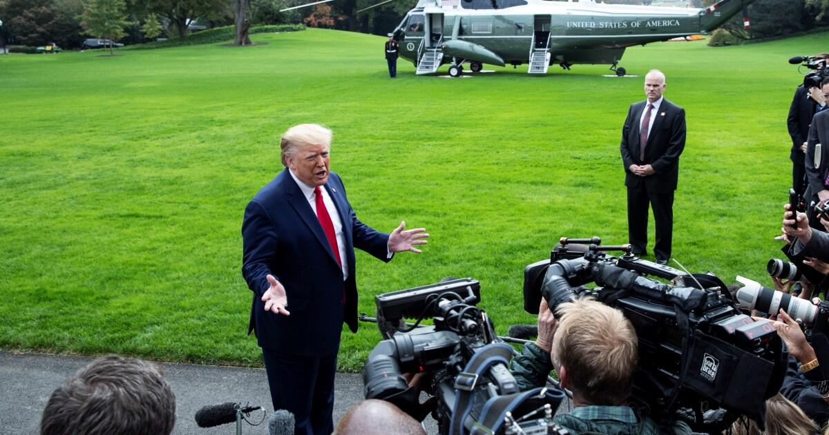 Trump perdona a tres militares vinculados a crímenes de guerra - San Diego Union-Tribune en Español