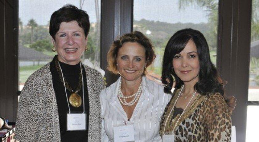 Maureen Sage, Cindy Leonard, Sandra Uijl (Photos: Rob McKenzie)