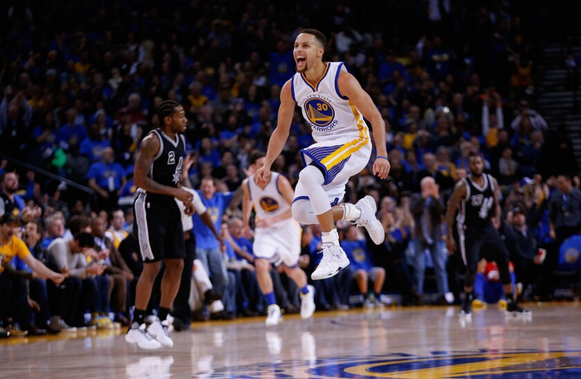 Warriors rout Spurs as Stephen Curry scores 37 in three quarters