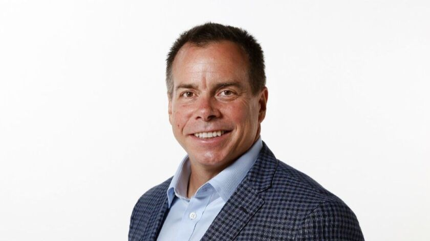 NuVasive CEO Greg Lucier steps down