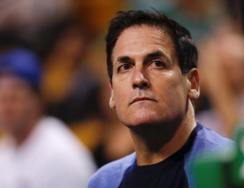 El dueño de los Dallas Mavericks Mark Cuban. EFE/Archivo