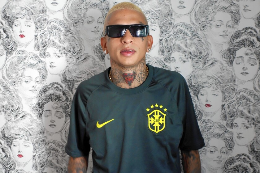 Great Read In Brazil Music For The Flaunters And The Wanters Los Angeles Times Guilherme aparecido dantas, better known by his stage name mc guimê, is a brazilian funk singer (born november 10, 1992). in brazil music for the flaunters and