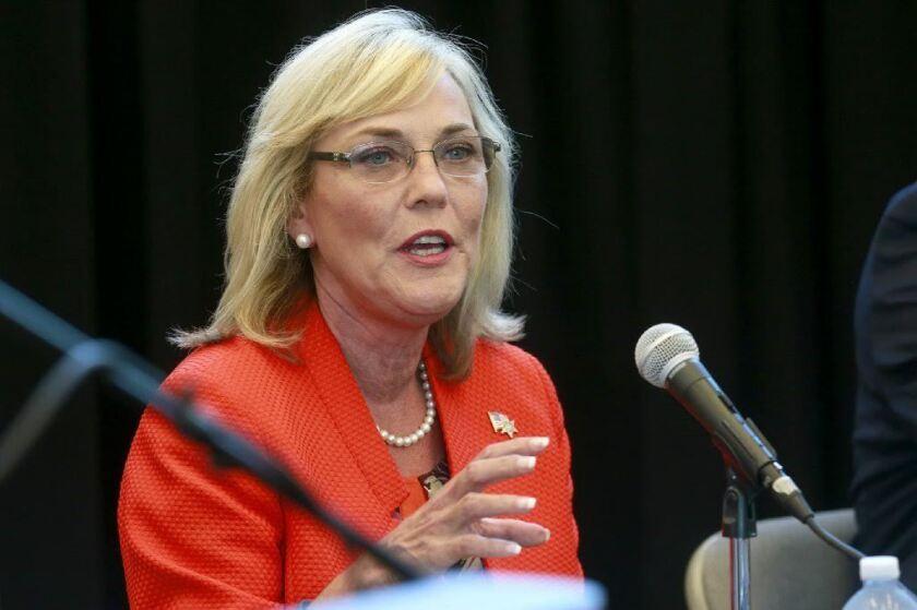 La supervisora Kathryn Barger, recomendó la recompensa con el fin de localizar a los desaparecidos.