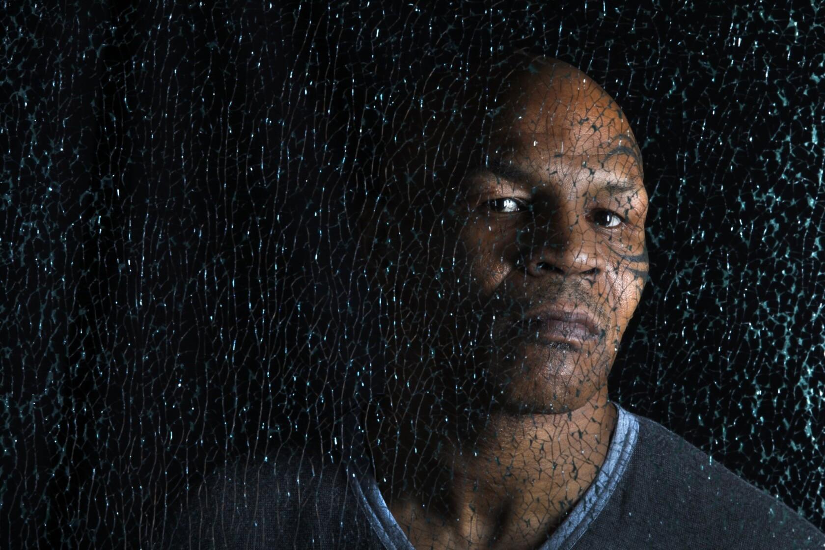 Mike Tyson tuyên bố phá sản vào năm 2003