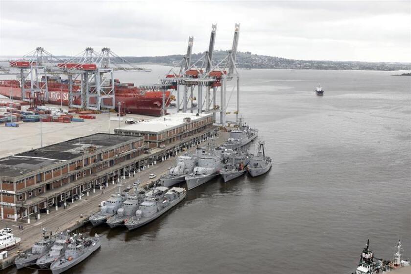 Vista del puerto de Montevideo (Uruguay). EFE